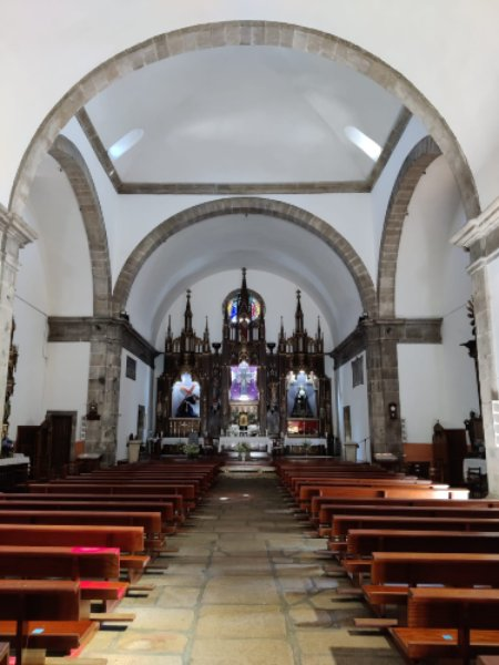 iglesia trives interior